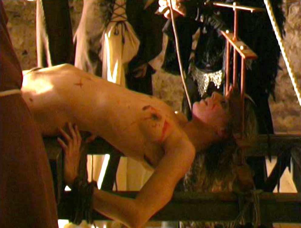 Medieval Inquisition water torture - Free BDSM torture pics