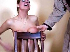 Especial torture of tit