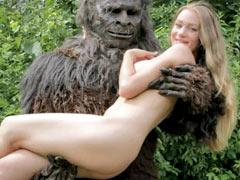 Bigfoot fucking girl