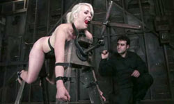Lorelei Lee tortured